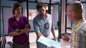 Dexter S03E01   Nas otec, CZ dabing avi